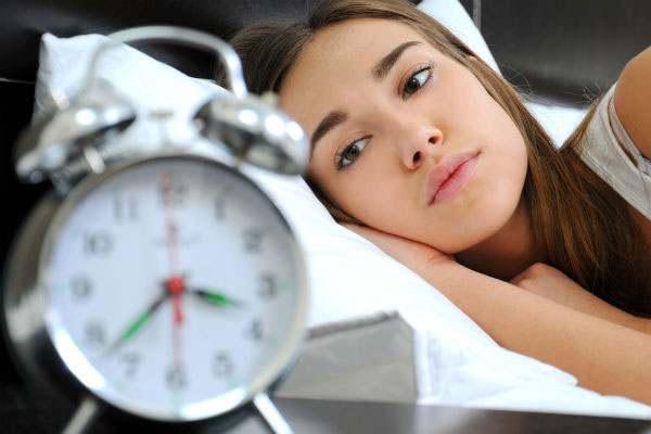 علاقة الذكاء مع النوم