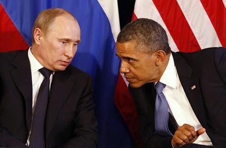 اتصال هاتفي تسعين دقيقة بين اوباما و بوتين