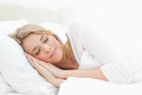 علاقة النوم بمرض سرطان والقلب