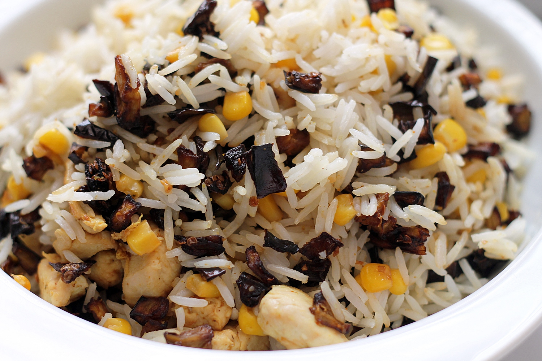 أرز بالباذنجان والذره