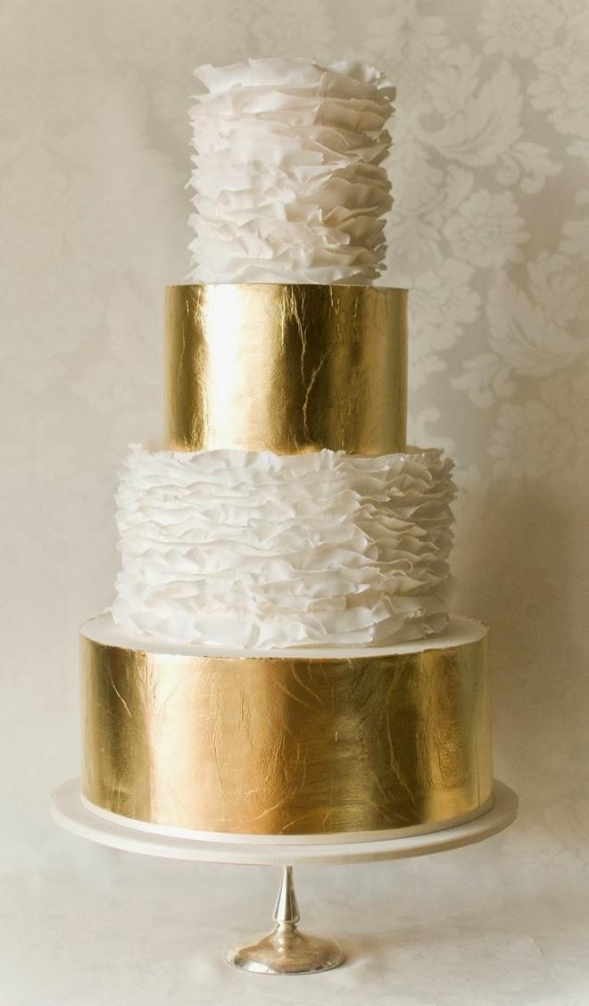 شاهد أحدث تصاميم كيكة الزفاف