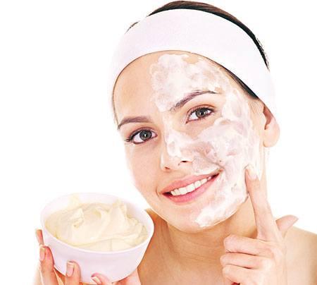تبييض الوجه وصفات من الطبيعة بدون مواد كيميائية