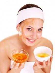 قناع العسل لتبييض الوجه