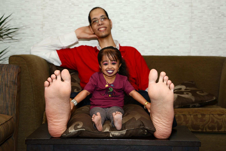 женщина с толстыми ножками познакомится