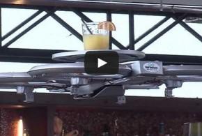 شاهد طائرات صغيرة لتقديم الطعام لزبائن المطاعم