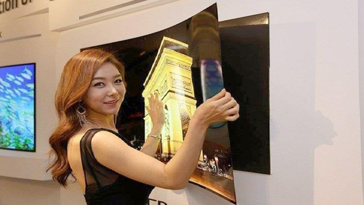 احدث شاشات LG ورقية عالية الدقة ومرنة وبحجم كبير