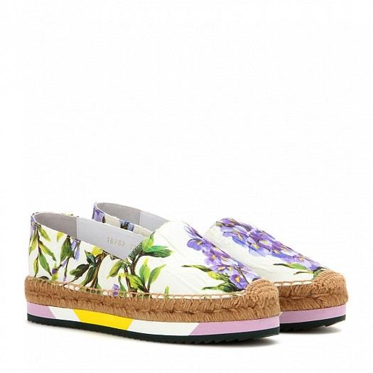 93b252d86 أحذية دولتشي اند غابانا تشكيلة مميزة من الأحذية المريحة