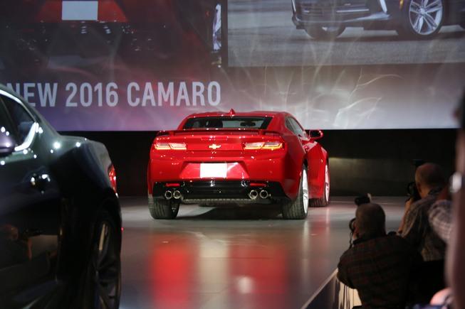 سيارة شيفرولي كامارو 2016
