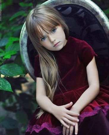 صور أجمل عارضة ازياء الطفلة ذات الـ9 اعوام Kristina Pimenova
