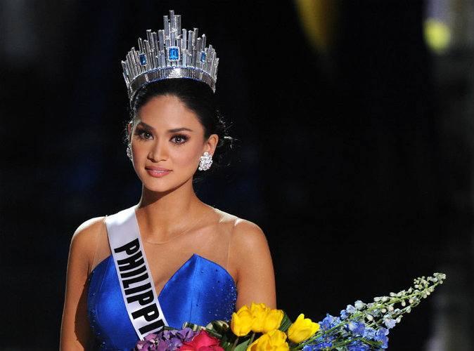 شاهد تتويج ملكة جمال الكون 2015 الكولومبية عن طريق الخطأ