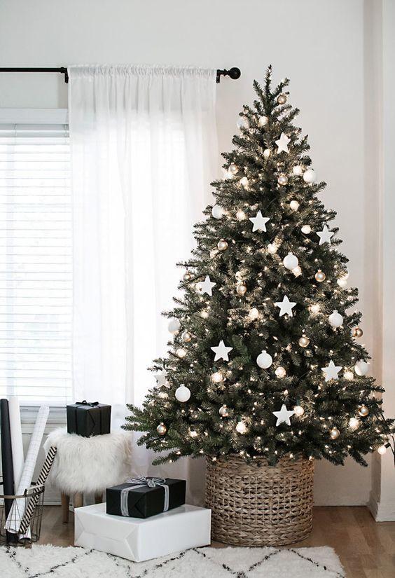 أجمل شجرة لعيد الكريسماس
