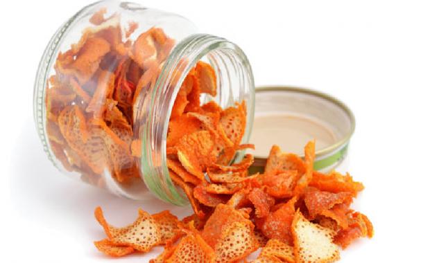 قشر البرتقال طريقة تجفيفه بأشعة الشمس و فوائده المنزلية